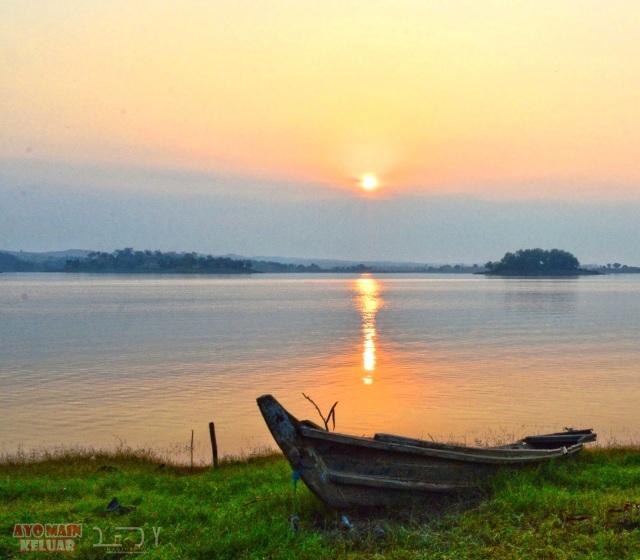 boat-peace
